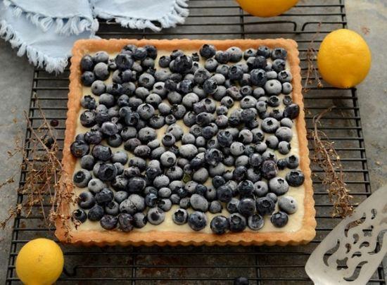 蓝莓奶冻塔