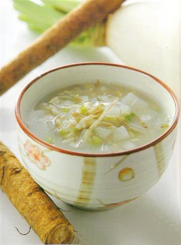 白萝卜茶叶粥