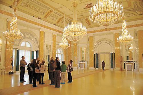 康斯坦丁宫的内部装饰