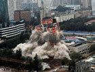 80年代昆明第一高楼工人文化宫成功爆破拆除