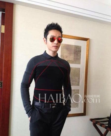 黄晓明 in 迪奥·桀傲 (Dior Homme) 2013秋冬男装系列几何图案印花上衣