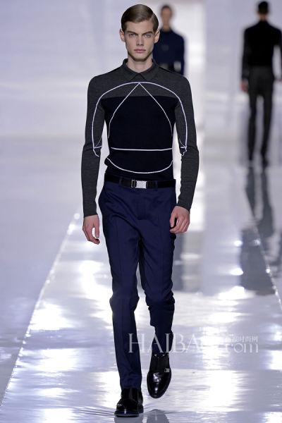 由模特演绎的迪奥·桀傲 (Dior Homme) 2013秋冬男装系列成衣