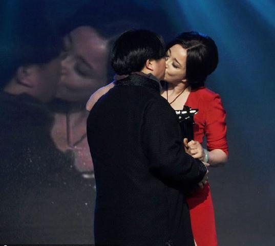 2.刘晓庆VS田沁鑫