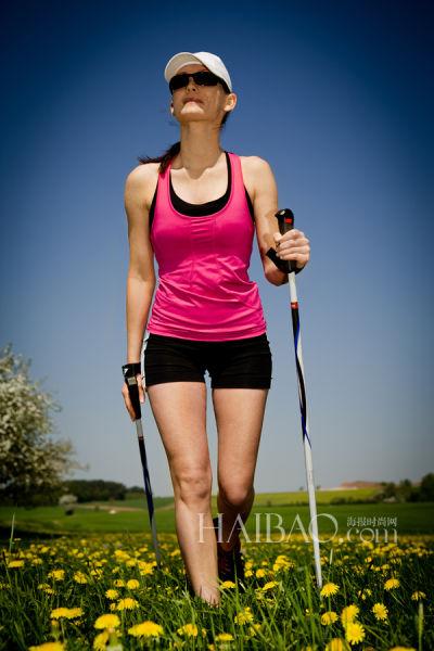 走路减肥法3大要领教你步步生辉走出曼妙身姿