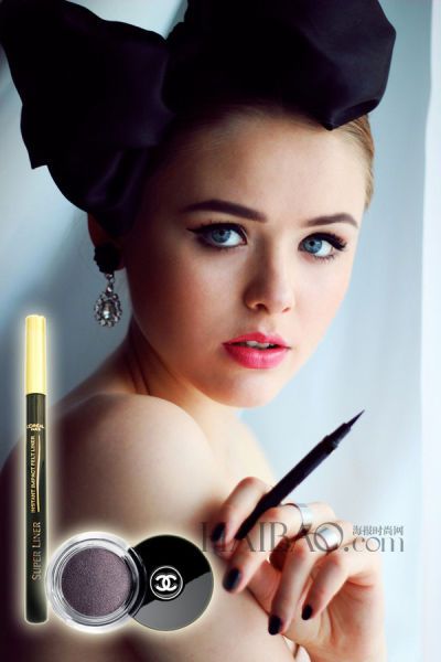 美女教大家画眼线打造多重印象的变幻猫眼妆