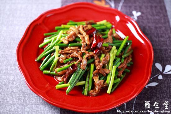 肉丝炒蒜苔