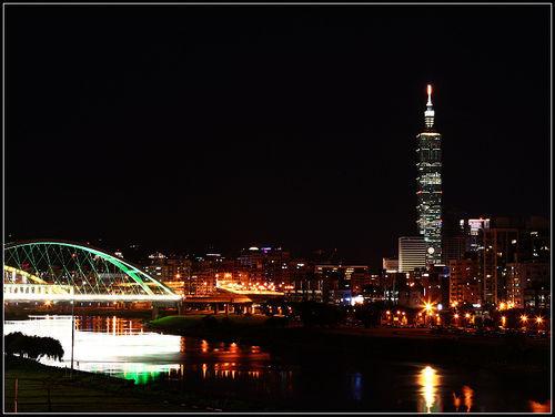 彩虹河滨公园