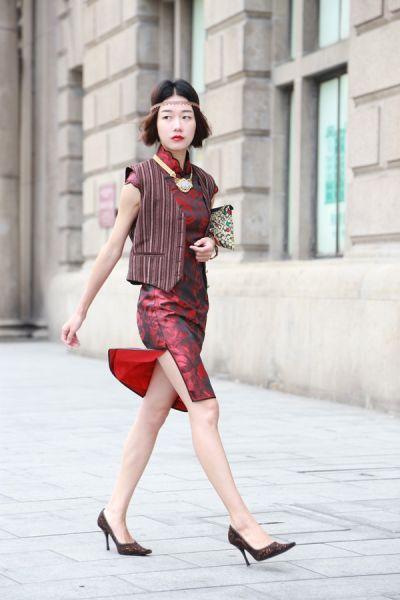 旗袍美女展淑女范传统与现代结合寻找新亮点