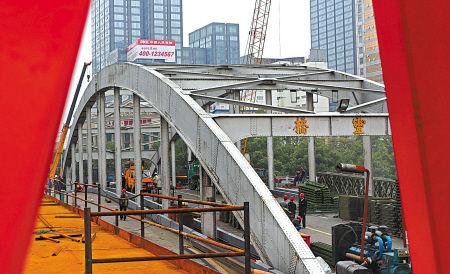 图文:灵桥主桥大修全面展开
