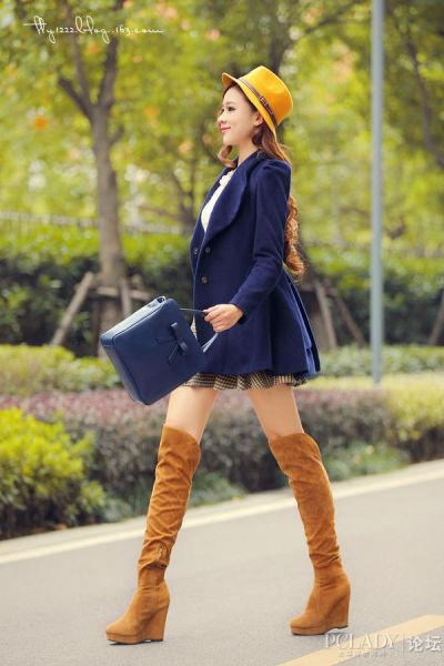 美女演绎韩国风搭配
