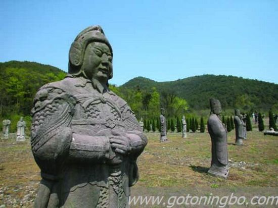 东钱湖南宋石刻公园