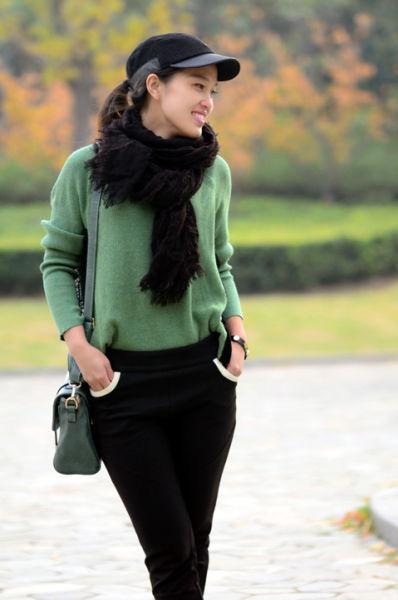 组图:冬日告别沉闷色彩帅气复古绿增加温暖