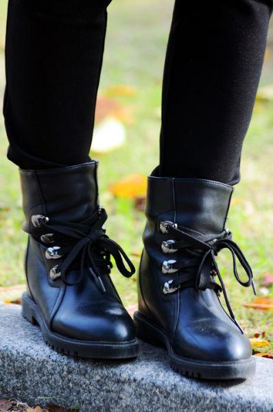 帅气马丁靴