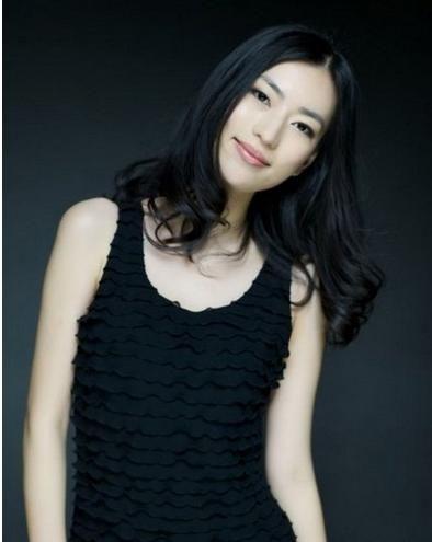 组图 冯静恩领衔消费男人博上位的10大女星