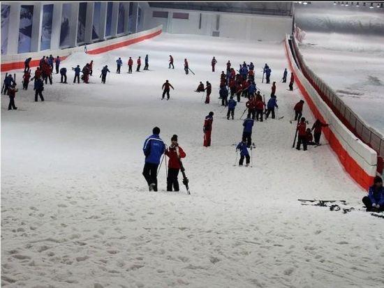 绍兴乔波室内滑雪馆
