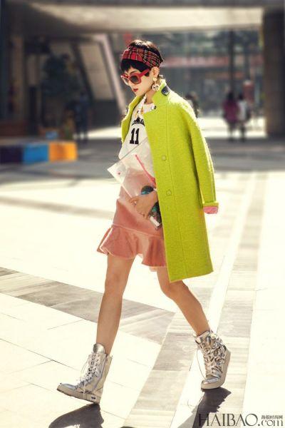 组图:廓型外套时尚街拍给点颜色让你过冬