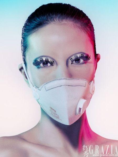 组图:戴口罩也能时尚巧妙搭配突显口罩人特色