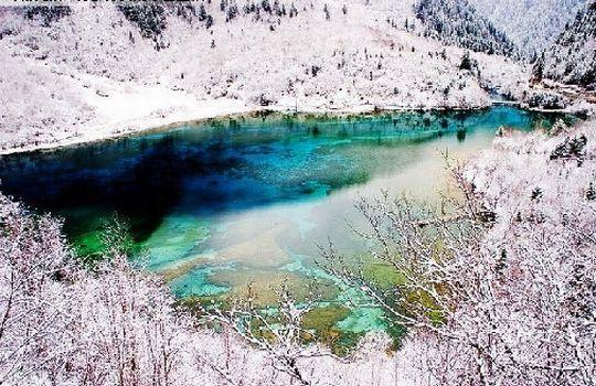 游赏童话冬景