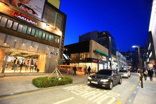 狎鸥亭购物街