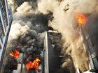 浙江温州玩具厂发生火灾浓烟遮天