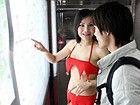 广州地铁现90后性感志愿者