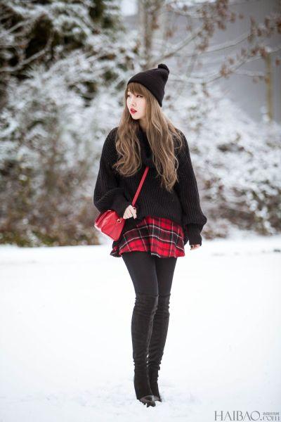时尚博主雪中自拍照韩国风搭配更显美女气质