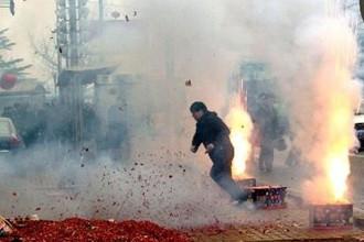 大气重污染红色预警,霾红色预警,新年不放烟花爆竹
