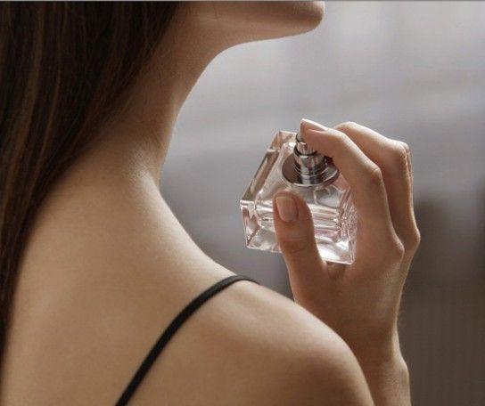 正确挑香必学技巧冬季香水不走味让你魅力大增