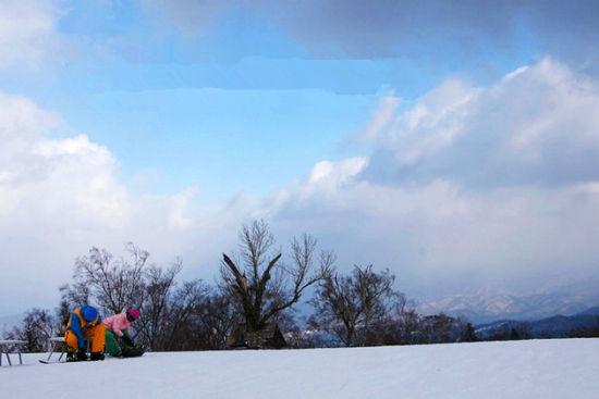 大连出发邂逅雪色浪漫感受亚布力滑雪场(组图)