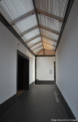 长廊的天窗