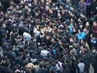 浙江温岭数千人上街抗议鞋企被强关