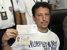 马航公布意大利男子护照持证人现身