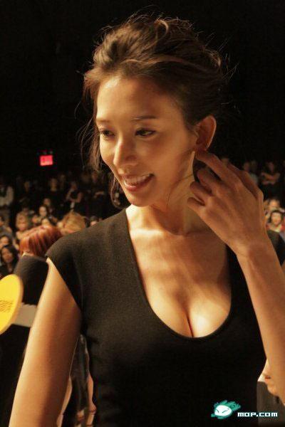 林志玲美乳女神