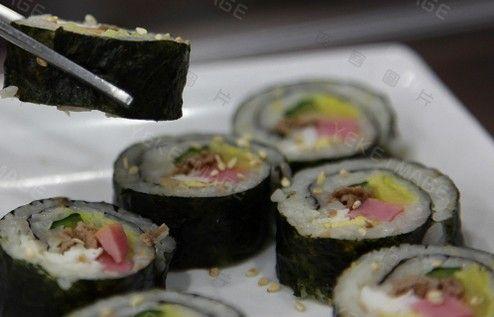 紫菜牛肉卷饭