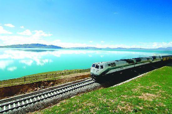 坐上火车去旅行世界上最美的10条铁路(组图)