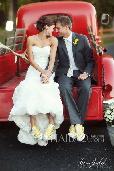 不一样的平跟新娘婚鞋秀出你的时尚态度