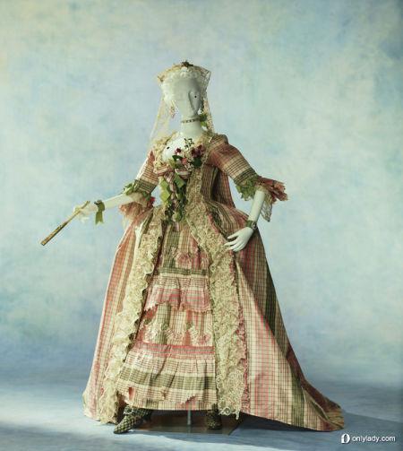 勾勒时尚雏形细看世界婚纱的前世今生