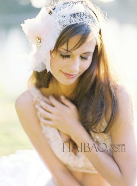 唯美浪漫新娘头纱打造婚礼上的美丽女主角