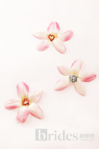 烂漫璀璨花语珠宝让爱永恒的婚庆装饰物