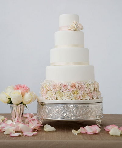 八个你从未见过的粉红色婚礼蛋糕(组图)
