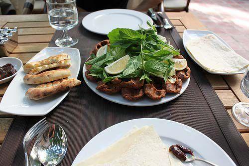 生肉丸子(土耳其)
