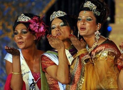 """印度变性人""""超级女王""""选美比赛"""