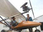 男子花费近10万造小飞机缅怀飞行员父亲