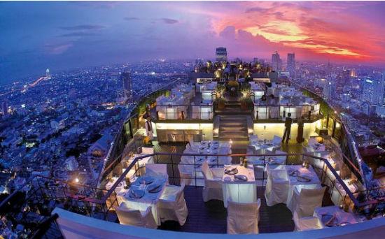 走进世界四大屋顶餐厅体验不一样的就餐氛围