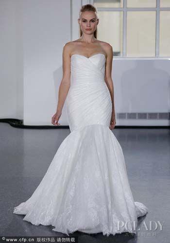 组图:时尚新娘完美示范挑选婚纱礼服的重要要点