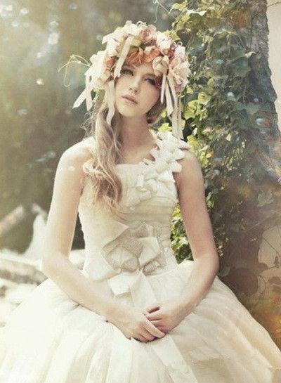打造森林系唯美婚礼梦幻清新的新娘发型