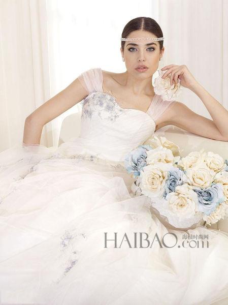 古典之上的现代化工艺打造高品质新娘嫁衣