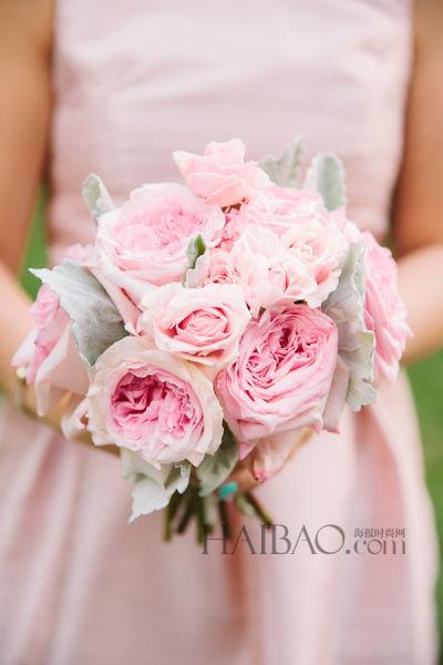 时尚婚礼上的新娘捧花
