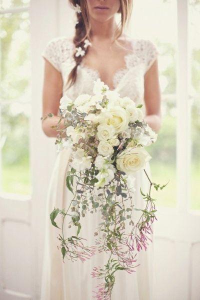 组图:婚纱与梦幻完美契合演绎心中童话梦想