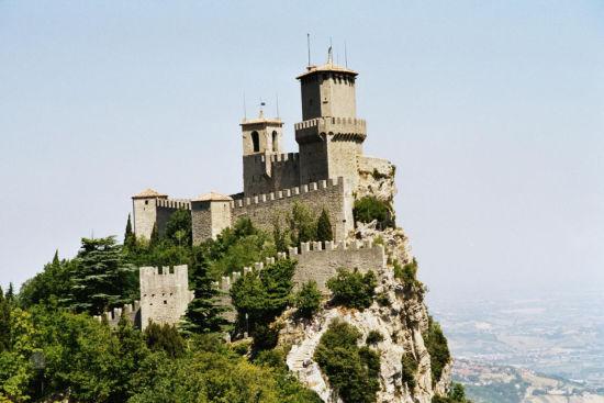 古堡与教堂
